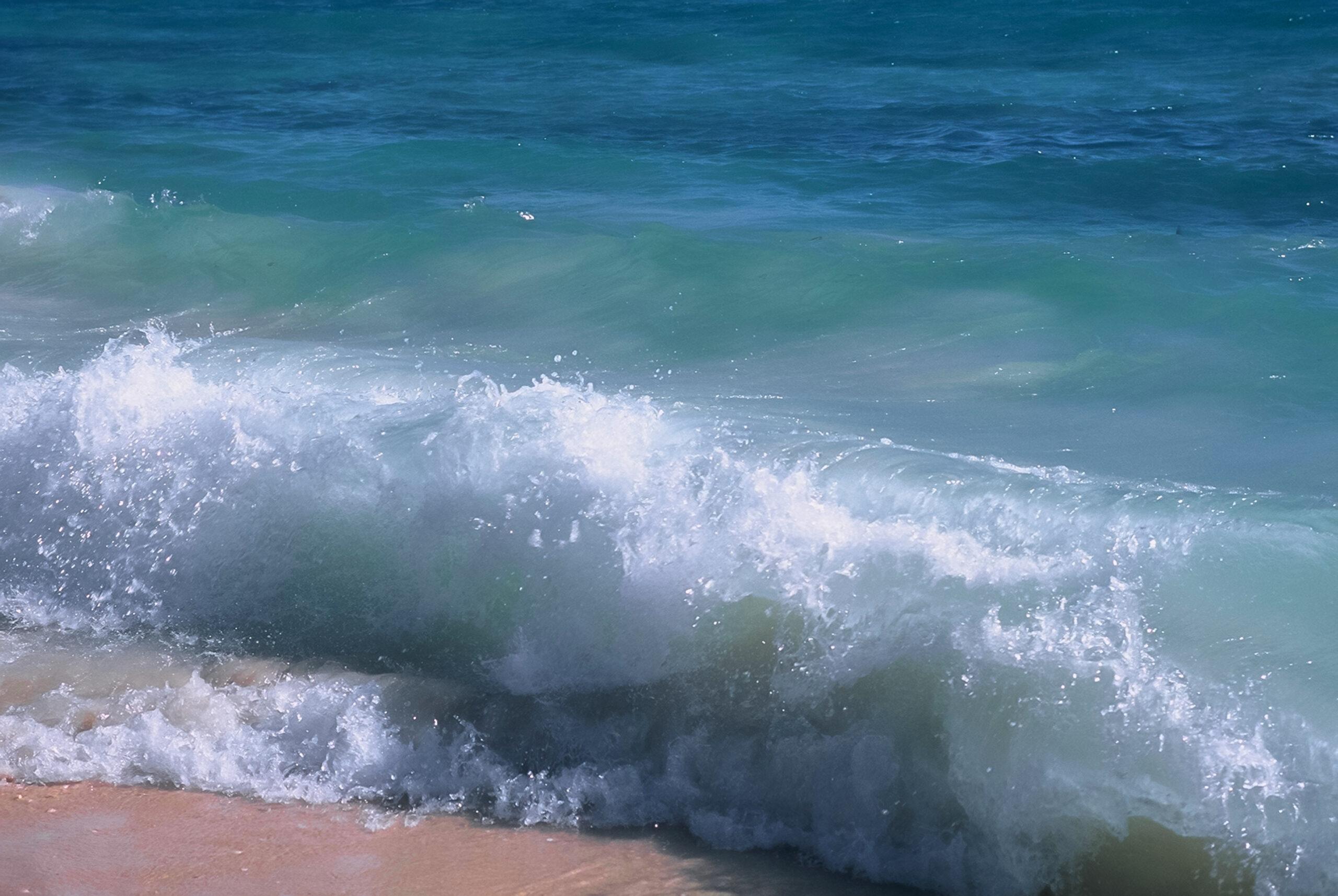 Ocean wave, Australia